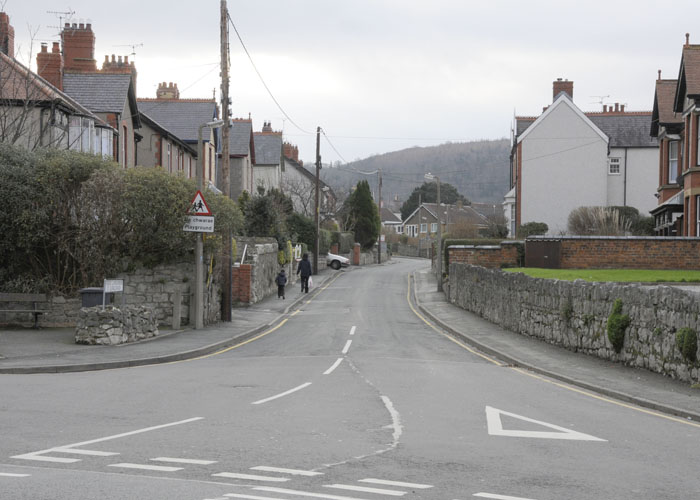 st-georges-rd-abergele-2012-3-by-sion-jones